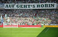 FUSSBALL   1. BUNDESLIGA   SAISON 2013/2014   2. SPIELTAG SV Werder Bremen - FC Augsburg       11.08.2013 Bremer Fan-Choreografie mit dem Thema AUF GEHTS ROBIN