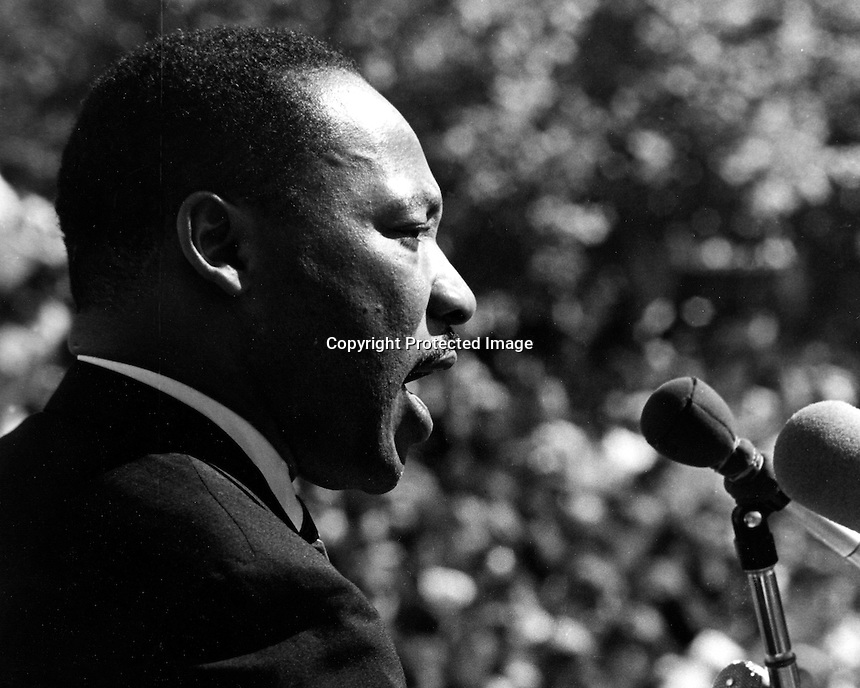 Rev. Martin Luther King address a crowd at University of California at Berkeley.(1967 photo by Ron Riesterer)