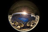 AMBIENCE STAN WAWRINKA (SUI) NOVAK DJOKOVIC (SRB)<br /> <br /> Tennis - Australian Open 2015 - Grand Slam -  Melbourne Park - Melbourne - Victoria - Australia  - 30 January 2015. <br /> &copy; AMN IMAGES