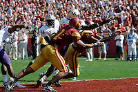 7 October 2006:  Trojans Patrick Turner and Steve Smith both reach for the ball in the end zone missing a touchdown opportunity during NCAA College Football Pac-10 USC Trojans 26-6 win over the Washington Huskies at the LA Coliseum during a sunny saturday game in Los Angeles, CA.<br />