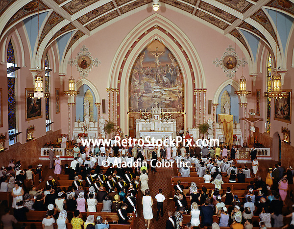 Saint Pauls Church interior with a large congregation