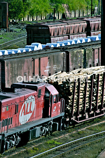 Transporte ferroviário de carga. Mairinque. São Paulo. 2005. Foto de Juca Martins.