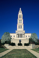 VA, Virginia, Alexandria, The George Washington Masonic National Memorial in Alexandria. 333-foot-tall landmark modeled after the ancient lighthouse at Alexandria, Egypt.