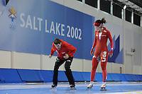 SCHAATSEN: SALT LAKE CITY: Utah Olympic Oval, 13-11-2013, Essent ISU World Cup, training, Gianni Romme (trainer/coach Team LiGA), Mayon Kuipers (NED), ©foto Martin de Jong