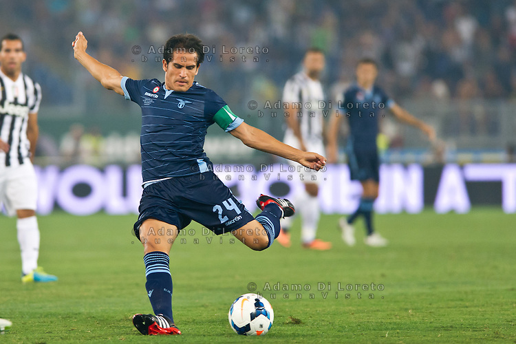 Juventus beat Lazio 4-0 in the Italian Supercoppa final match in Rome, Italy, on August 18, 2013. In the photo: Cristian Ledesma Lazio. Photo: Adamo Di Loreto/BuenaVista*photo
