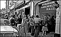 BNPS.co.uk (01202 558833)<br /> Pic: DavidStopps/BNPS<br /> <br /> Friars Aylesbury music club in 1975.<br /> <br /> The return of the Thin White Duke...The statue will also include a lifesize Ziggy Stardust attached to the suited Bowie of a later era.<br /> <br /> The world's first statue of David Bowie is taking shape in sculpter Andrew Sinclair's Devon studio.<br /> <br /> Ever since the music legend's death in January 2016 there has been a clamour for a fitting tribute of Bowie to be made.<br /> <br /> While his birthplace of Brixton, south London, has been cited as the most likely location for one it is actually Aylesbury in Buckinghamshire that will lay claim to having the very first statue of him.<br /> <br /> The market town was where Bowie played an experimental gig in 1971 to see if had the confidence to perform live and then a year later where his alter-ego of Ziggy Stardust was born.<br /> <br /> One half of the statue has been completed by artist Andrew Sinclair. It depicts a handsome Bowie in his 'Blue Suit' period in the 1990s.