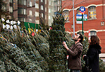 People take part during christmas season in New York, United States. 09/12/2011.  Photo by Kena Betancur / VIEWpress.