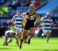 Josh Bassett of Wasps goes on the attack. Pre-season friendly match, between Wasps and Yorkshire Carnegie on August 21, 2016 at the Ricoh Arena in Coventry, England. Photo by: Patrick Khachfe / JMP