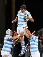 Rugby World Cup Auckland  New Zealand v Argentina Quarter Final 4 - 09/10/2011.Julio Farias Cabello (Argentina) wins the line out ball.Photo Frey Fotosports International/AMN Images