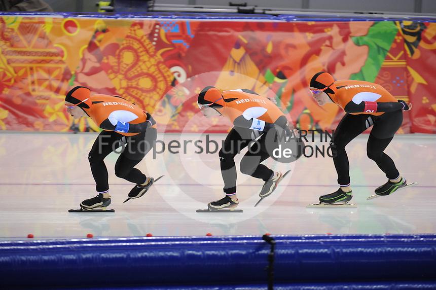 OLYMPICS: SOCHI: Adler Arena, 22-02-2014, Team Pursuit, TeamNL (NED), ©photo Martin de Jong
