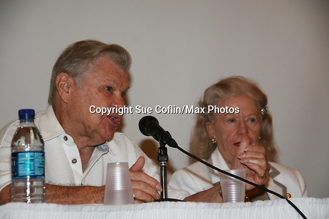 Bob Hastings - GH Burt Ramsey and Rosemary Rice (I Remember Mama) at 4th Annual Mid-Atlantic Nostalgia Convention in Aberdeen, Maryland. (Photo by Sue Coflin/Max Photos)