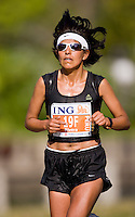Ottawa, Ontario ---25/05/08--- Julia Rivera runs during the ING Ottawa Marathon, May 26, 2008..GEOFF ROBINS /