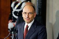 Roma, 27 Aprile 2013.Il Presidente del Consiglio Enrico Letta legge la lista dei nuovi ministri del suo governo nella sala stampa del Quirinale.