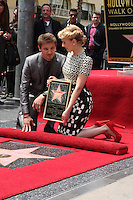 LOS ANGELES - MAY 2:  Jeremy Renner, Scarlett Johansson at the Scarlett Johansson Star Walk of Fame Ceremony at Hollywood Boulevard on May 2, 2012 in Los Angeles, CA