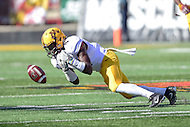 College Park, MD - OCT 15, 2016: Minnesota Golden Gophers defensive back Adekunle Ayinde (4) comes close to intercepting a Maryland Terrapins pass during game between Maryland and Minnesota at Capital One Field at Maryland Stadium in College Park, MD. (Photo by Phil Peters/Media Images International)