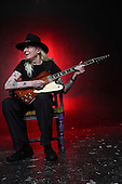JOHNNY WINTER (2008)