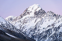 Twilight over Aoraki,Mount Cook, Aoraki, Mt. Cook National Park, Mackenzie Country, UNESCO World Heritage Area, South Island, New Zealand, NZ