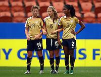 USA defensive wall (L-R) Elizabeth Eddy, Kate Bennett and Lexi Harris..FIFA U17 Women's World Cup, Paraguay v USA, Waikato Stadium, Hamilton, New Zealand, Sunday 2 November 2008. Photo: Renee McKay/PHOTOSPORT
