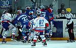 Eishockey, DEL, Deutsche Eishockey Liga 2003/2004 , 1.Bundesliga Arena Nuernberg (Germany) Nuernberg Ice Tigers - Iserlohn Roosters (7:2) Schlaegerei