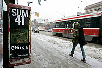 Jan 24, 2005 Toronto (Ontario) CANADA<br /> falling snow on Queen Street in Toronto, Canada , Jan 24, 2005 <br /> <br /> Photo (c) 2005 P Roussel / Images Distribution