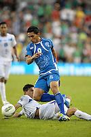 Isidro Gutierrez (9) El Salvador in action... Honduras defeated El Salvador 3-2 after extra time to go through to the final at LIVESTRONG Sporting Park, Kansas City, Kansas.