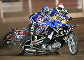 Heat 5 - Nicki Pedersen (green),Leigh Lanham (blue), Steve Johnston - Arena Essex Hammers vs Eastbourne Eagles - Sky Sports Elite League 'B' - 04/10/2006 - MANDATORY CREDIT: Gavin Ellis/TGSPHOTO