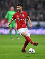 Fussball  1. Bundesliga  Saison 2016/2017  16. Spieltag  FC Bayern Muenchen - RB Leipzig        21.12.2016 Xabi Alonso (FC Bayern Muenchen)