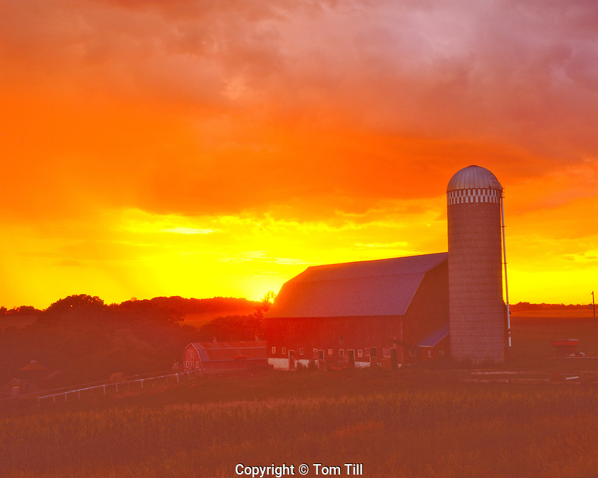 Rural Summer Sunset, Northeastern Iowa   Barn and farm fields