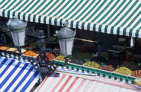 Europe/France/Provence-Alpes-Côte d'Azur/06/Alpes-Maritimes/Marché Cours Saleya - Etals