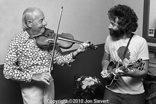 Stephane Grappelli and David Grisman.49-16-20A, 9/3/80, Great American Music Hall, San Francisco