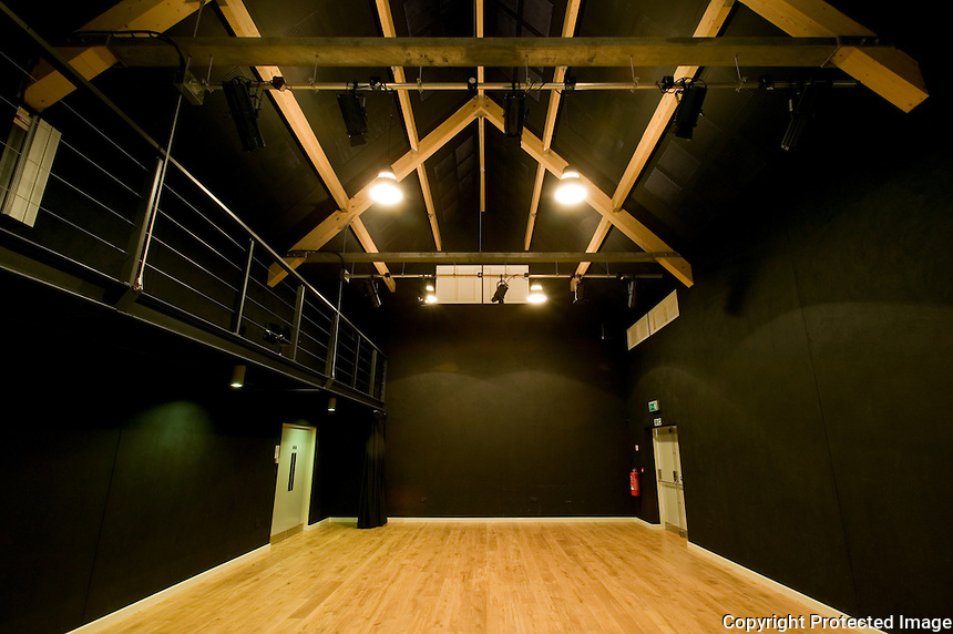 The Oxford School of Drama, Sansomes Farm Studios