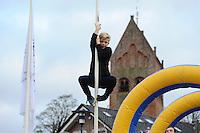 FRIESE SPORTEN: GROU: 18-12-2016, Friese Sporten Festijn, Fierljeppen, ©Foto Martin de Jong