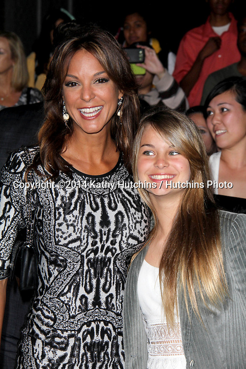 "LOS ANGELES - MAR 18:  Eva LaRue, Kaya Callahan at the ""Divergent"" Los Angeles Premiere at Bruin Theater on March 18, 2014 in Westwood, CA"