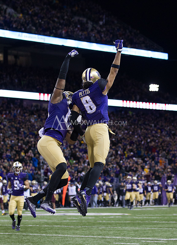 Dante Pettis celebrates his 46 yard touchdown reception.