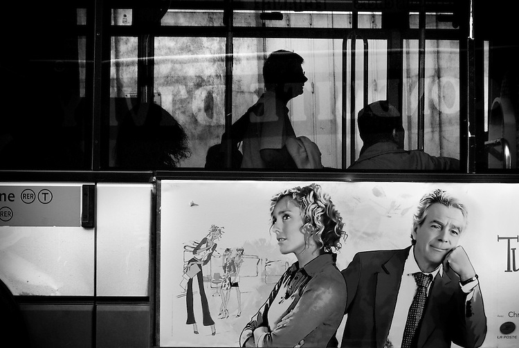 AMBIGUITIES OF PARIS - AMBIGUEDADES PARISINAS.Paris - France 2008.(Copyright &copy; Aaron Sosa)