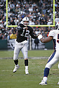 JOSH MCCOWN, of the Oakland Raiders  in action during the Raiders game against the  Denver Broncos on December 2, 2007 in Oakland, California...RAIDERS  win 34-20..SportPics