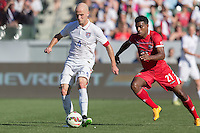 Carson, CA - Sunday, February 8, 2015 Michael Bradley (4) of the USMNT and Ricardo Enrique Buitrago (21) of Panama. The USMNT defeated Panama 2-0 during an international friendly at the StubHub Center