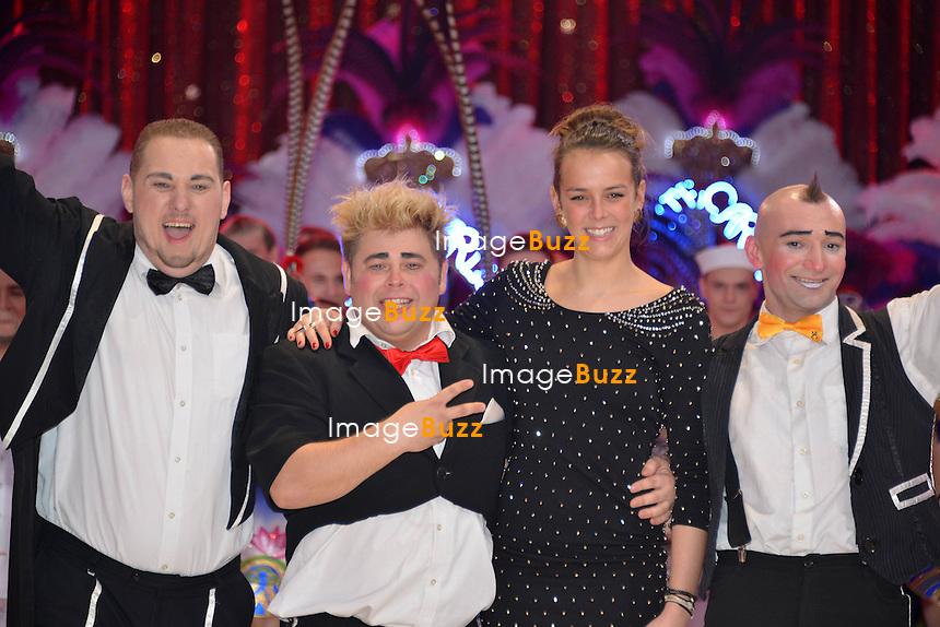 37th Monte-Carlo International Circus Festival Gala and Awards Ceremony. Pictured : Pauline Ducruet giving Bronze Clown Award to Equivokee group.