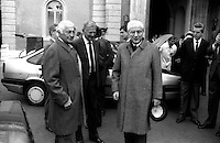Roma 1990 Marzo. Quirinale.Francesco Cossiga Presidente della Repubblica con Gianni Agnelli e Cesare Romiti che gli presentano la Croma la nuova auto della Fiat.Francesco Cossiga(Christian Democratic party) President of the Italian Republic with Gianni Agnelli and Cesare Romiti that they introduce him the Croma the new auto of the Fiat