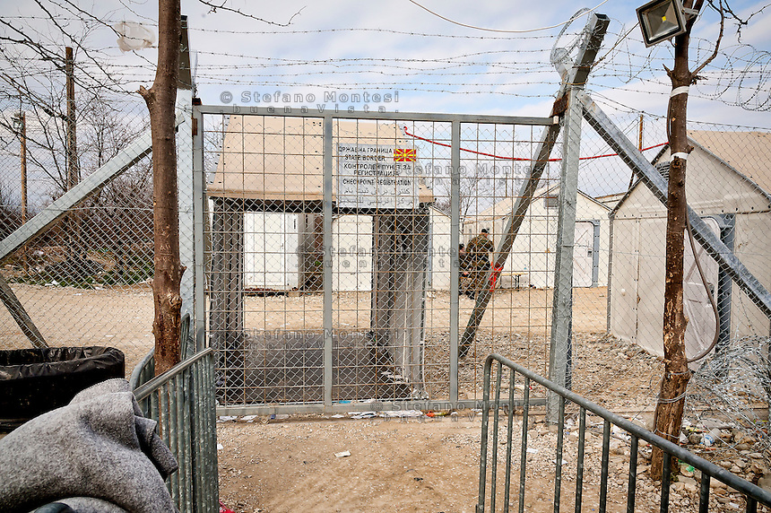 The transit gate for refugees between the Greece-Macedonian border at the village of Idomeni, Greece 8 Febraury 2016.<br /> Hundreds of refugees arrive at Idomeni and cross the border between Greece and Macedonian on their journey to North Europe.
