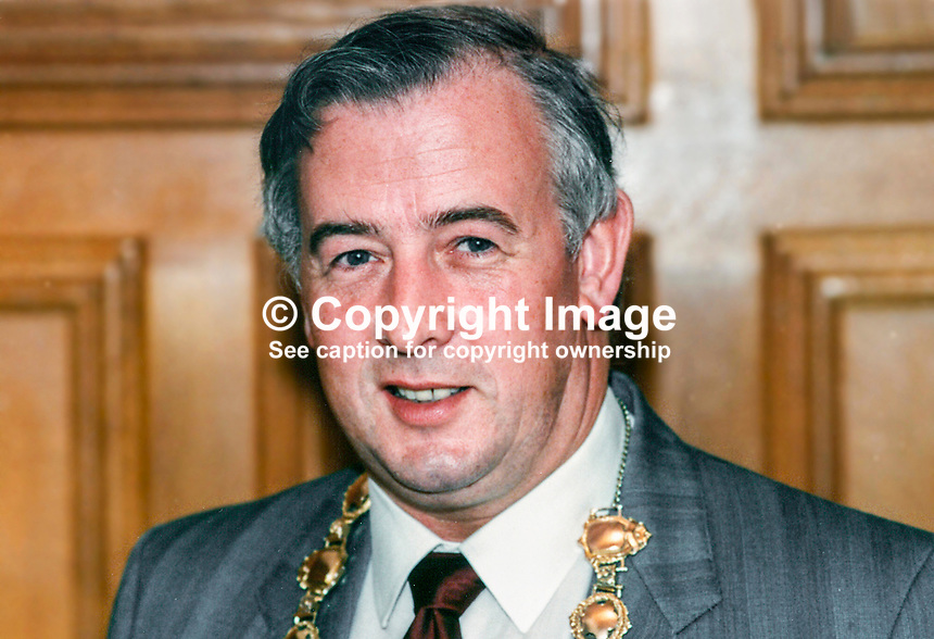 Tony Carlin, SDLP, Mayor of Derry, 19890806/TC..Copyright Image from Victor Patterson, 54 Dorchester Park, Belfast, UK, BT9 6RJ..Tel: +44 28 9066 1296.Mob: +44 7802 353836.Voicemail +44 20 8816 7153.Skype: victorpattersonbelfast.Email: victorpatterson@mac.com.Email: victorpatterson@ireland.com (back-up)..IMPORTANT: If you wish to use this image or any other of my images please go to www.victorpatterson.com and click on the Terms & Conditions. Then contact me by email or phone with the reference number(s) of the image(s) concerned.
