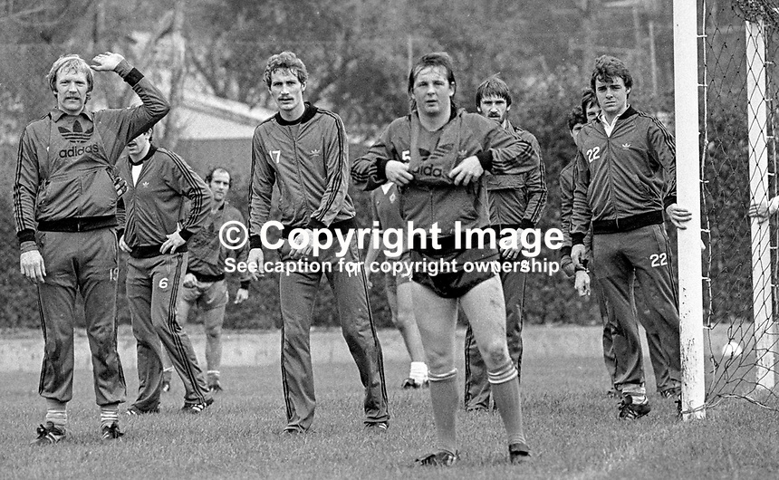 Eric McManus, footballer, goalkeeper, Stoke City FC &amp; N Ireland, left, signals the go-ahead for a corner during a training session prior to N Ireland's November 1980 game against Portugal at Windsor Park. Also prominent in the photo are Billy Hamilton, Burnley FC, Dave McCreeery, Manchester United FC, John McClelland, Mansfield Town FC, Mal Donaghy, Luton Town FC.19801100399k<br /> <br /> Copyright Image from Victor Patterson, 54 Dorchester Park, Belfast, UK, BT9 6RJ<br /> <br /> t: +44 28 90661296<br /> m: +44 7802 353836<br /> vm: +44 20 88167153<br /> e1: victorpatterson@me.com<br /> e2: victorpatterson@gmail.com<br /> <br /> For my Terms and Conditions of Use go to www.victorpatterson.com