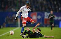 FUSSBALL   1. BUNDESLIGA   SAISON 2012/2013    19. SPIELTAG Hamburger SV - SV Werder Bremen                          27.01.2013 Artjoms Rudnevs (li, Hamburger SV) gegen Sokratis Papastathopoulos (re, SV Werder Bremen)