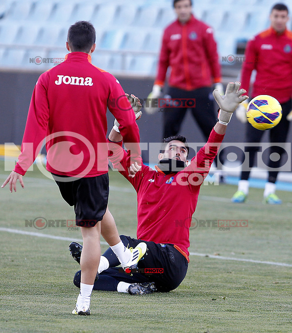 Getafe's Jordi Codina during training session.December 05,2012.(ALTERPHOTOS/Acero) /NortePhoto