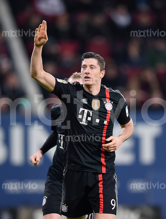 Fussball  1. Bundesliga  Saison 2014/2015  15. Spieltag  FC Augsburg - FC Bayern Muenchen     13.12.2014 JUBEL FC Bayern Muenchen; Torschutze zum 0-3 Robert Lewandowski