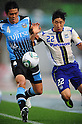 Yusuke Igawa (Frontale), Lee Keun-Ho (Gamba), MAY 29th, 2011 - Football : 2011 J.League Division 1 match between between Kawasaki Frontale 2-1 Gamba Osaka at Todoroki Stadium in Kanagawa, Japan. (Photo by AFLO).