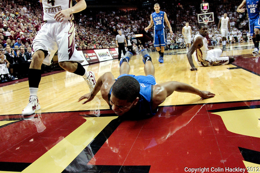 TALLAHASSEE, FLA. 2/23/12-FSU-DUKE022312 CH-Duke's Andre Dawkins takes a dive during first half action against FSU, Feb. 23, 2012 in Tallahassee..COLIN HACKLEY PHOTO