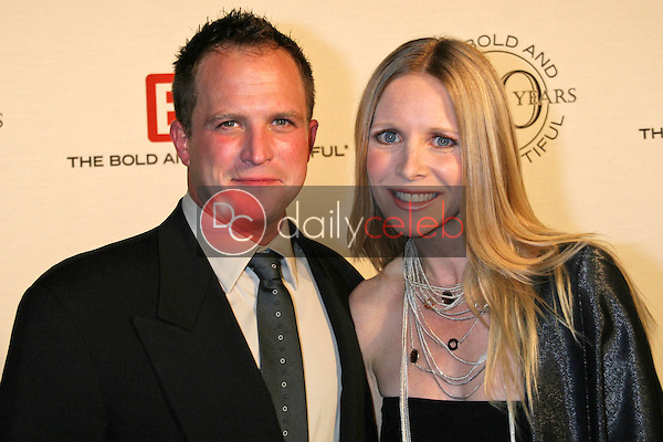 Lauralee Bell and husband Scott<br />at the celebration for &quot;The Bold and The Beautiful&quot; 20 years on air. Rodeo Drive, Beverly Hills, CA. 03-24-07<br />Dave Edwards/DailyCeleb.com 818-249-4998