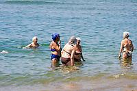 Roma 16 Luglio 2013<br /> Le vacanze solidali allo stabilimento balneare &ldquo;L&rsquo;Arca&rdquo; di Ostia<br /> Lo stabilimento balneare &ldquo;L&rsquo;Arca&rdquo; di Ostia  dalla Caritas diocesana di Roma, <br /> &egrave;  una struttura per vacanze attrezzata  pensate per famiglie con bambini ed anziani. In essa ogni giorno, a turni settimanali, sono ospitati 250 anziani seguiti dai servizi sociali dei municipi, e alcuni degli ospiti dei centri Caritas.<br /> The bathing establishment &quot;The Ark&quot; of Ostia from Caritas of Rome,<br /> is a structure equipped for holidays suitable for families with children and the elderly. In it every day, at weekly shifts, are housed 250 elderly followed by social services in the municipalities, and some of the guests of Caritas centers.