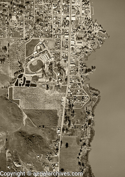 historical aerial photograph Lakeport, CA, 1956